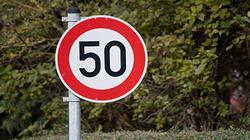 Attention : maximum 50 km/h sur la chaussée de Wavre
